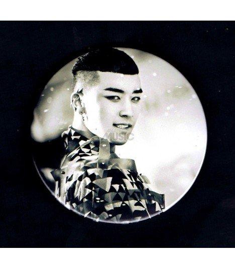 Badge L Daesung (BIGBANG) 002