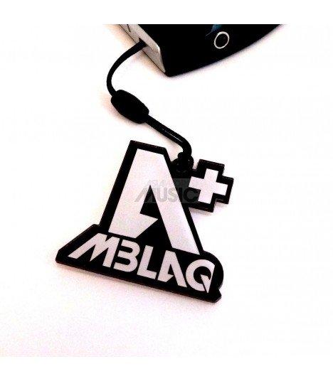 Strap en acrylique MBLAQ 001