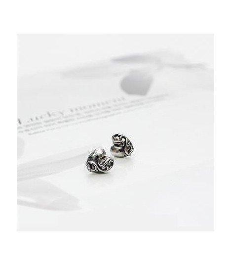 BEAST (Yong Junhyung) Boucles d'oreilles Tattoo Heart