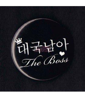 Badge THE BOSS (DGNA) 001