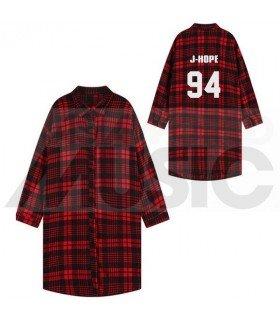 BTS - Chemise longue à carreaux - J-HOPE 94 (Red & Black) (Taille unique)