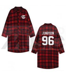 TWICE - Chemise longue à carreaux - JUNGYEON 96 (Red & Black) (Taille unique)