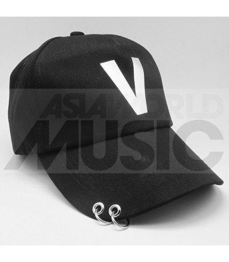 BTS - Casquette noire avec anneaux - V -