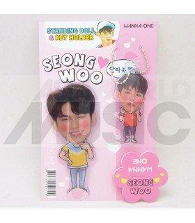 SEONG WU (WANNA ONE) - Standing Doll & Porte-clé