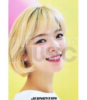 Poster L JEONGYEON TWICE 012