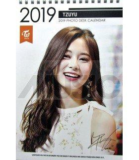 TZUYU (TWICE) - Calendrier de bureau 2019 / 2020 (Type A)