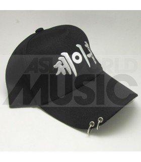 BTS - Casquette noire avec anneaux - JUNG HO SUK (J-HOPE)