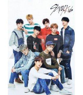 Poster L STRAY KIDS 002