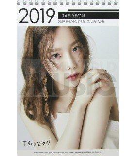 TAEYEON (Girl's Generation) - Calendrier de bureau 2019 / 2020 (Type A)